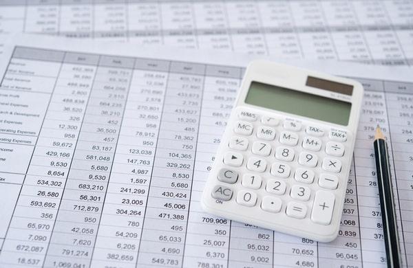 Calculator on financial statement and balance sheeet